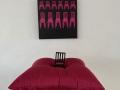 Minä ja punaiset tuolit, installaatio 2003-2020, Sarjasta: Painostus 2